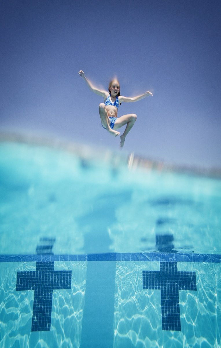 blue-pool-dive-1.jpg