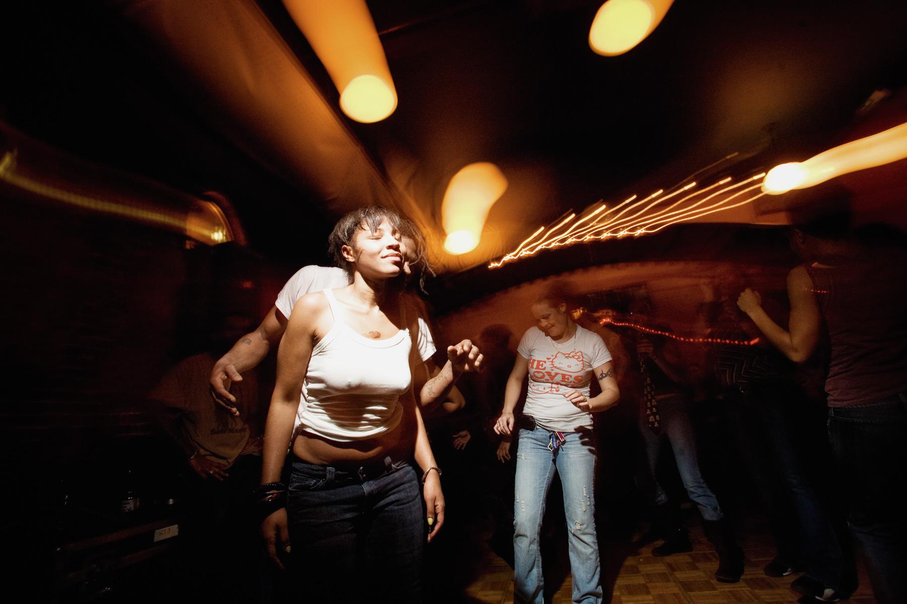 nightlife-dance-club-1.jpg