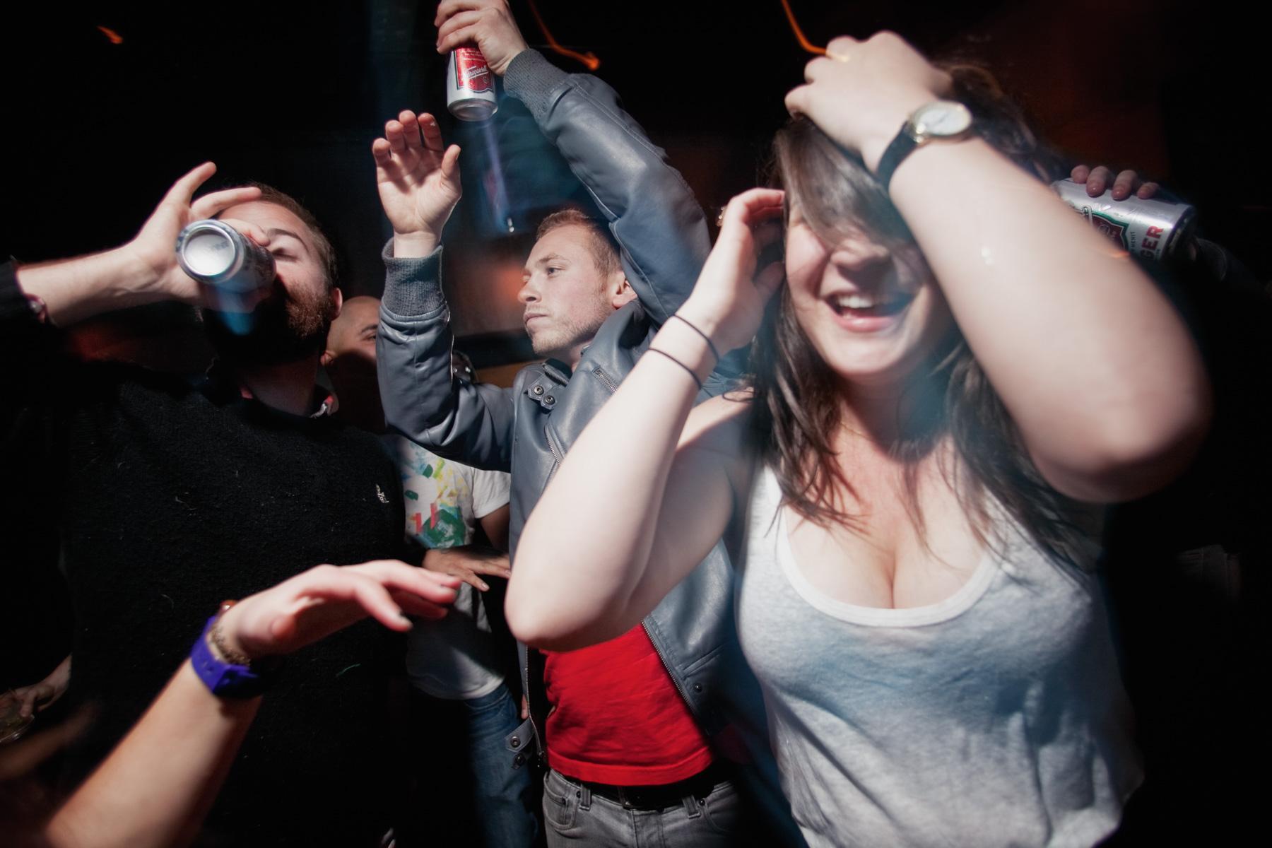 dance-drink-bar-1.jpg