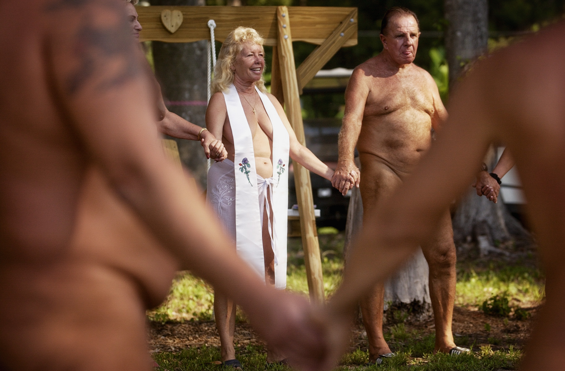 nude-worship-service-1.jpg