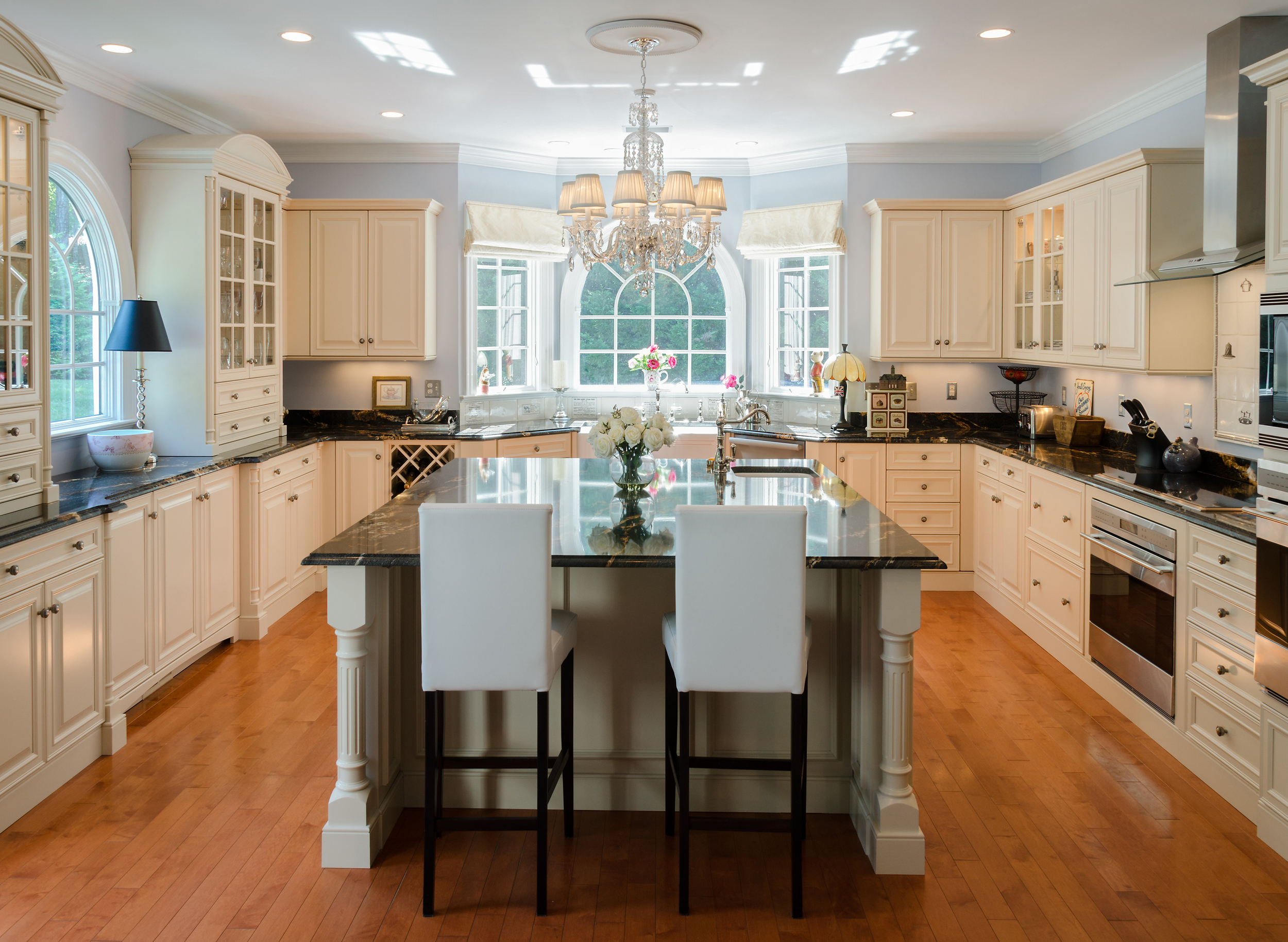 Custom-Kitchens-Chidwick-07182013-Kitchen-Overall-2.jpg
