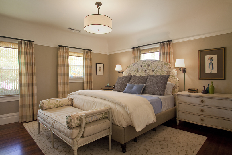 Victorian_Reux_Bedroom.jpg