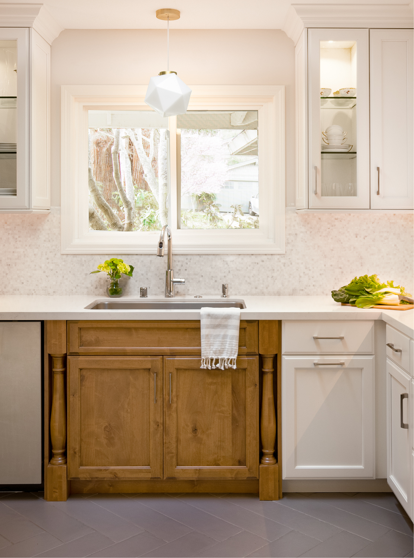 000515-sink cabinet.jpg