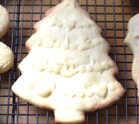 Molded Almond Christmas Cookie