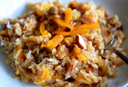 Hearty Oatmeal with Apricots, Almonds, Coconut & Ginger
