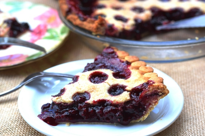 Berry Explosion Pie