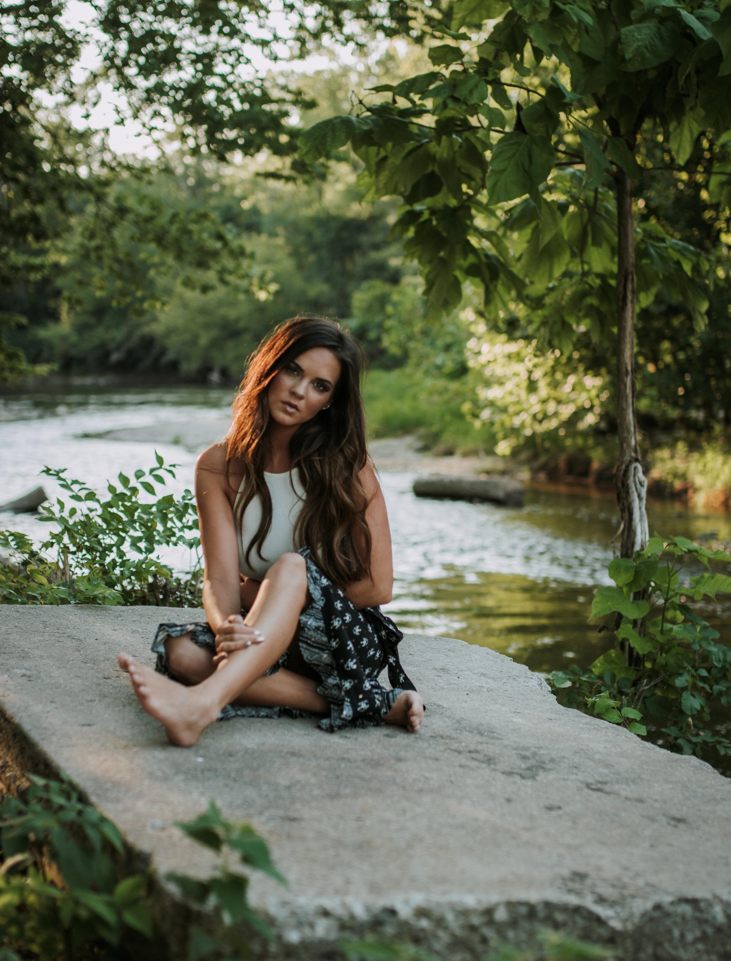 ChristineTate_StylizedSession_IndianaLifestylePhotographer_SamanthaRosePhotography_-21.jpg