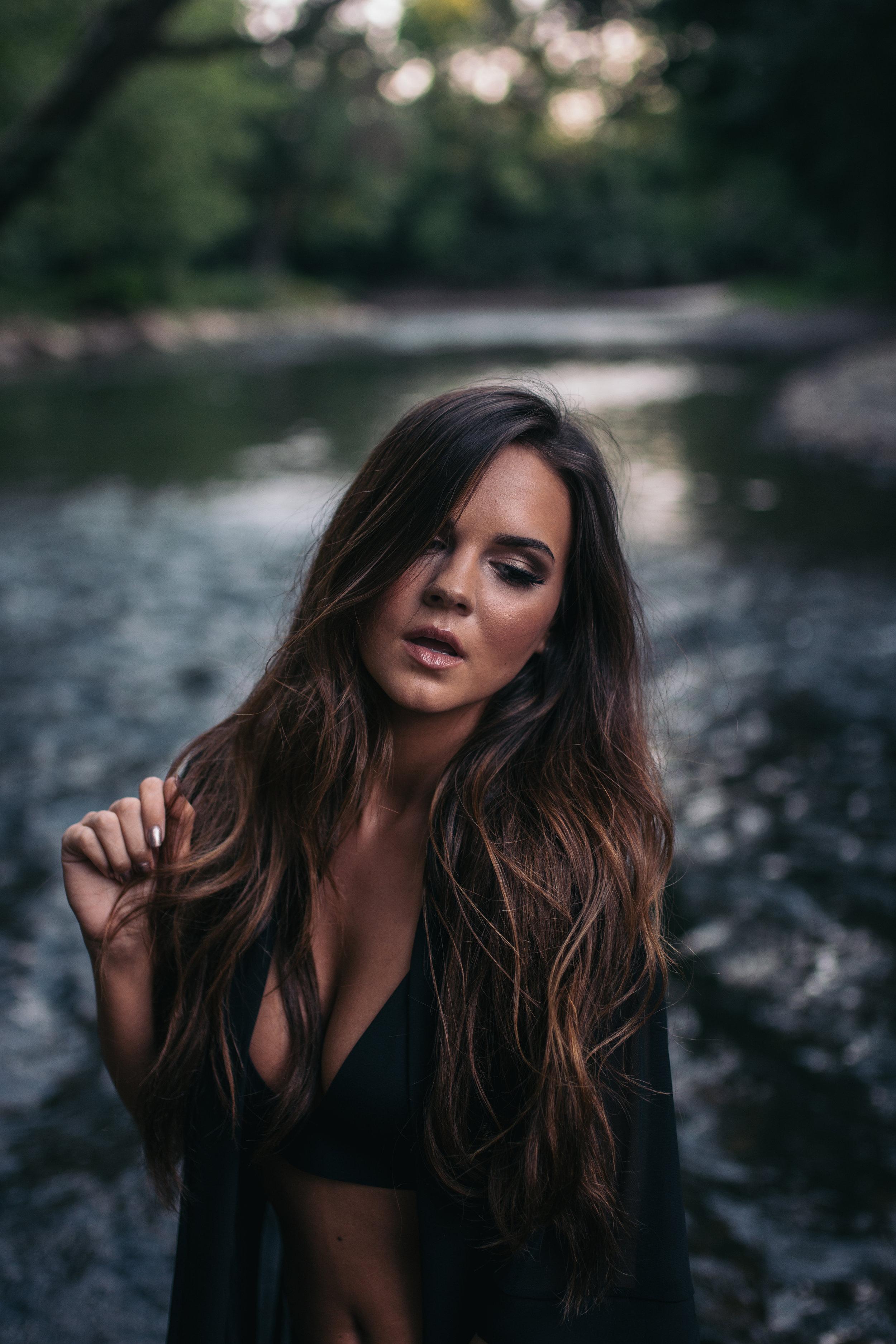 ChristineTate_StylizedSession_IndianaLifestylePhotographer_SamanthaRosePhotography_-52.jpg