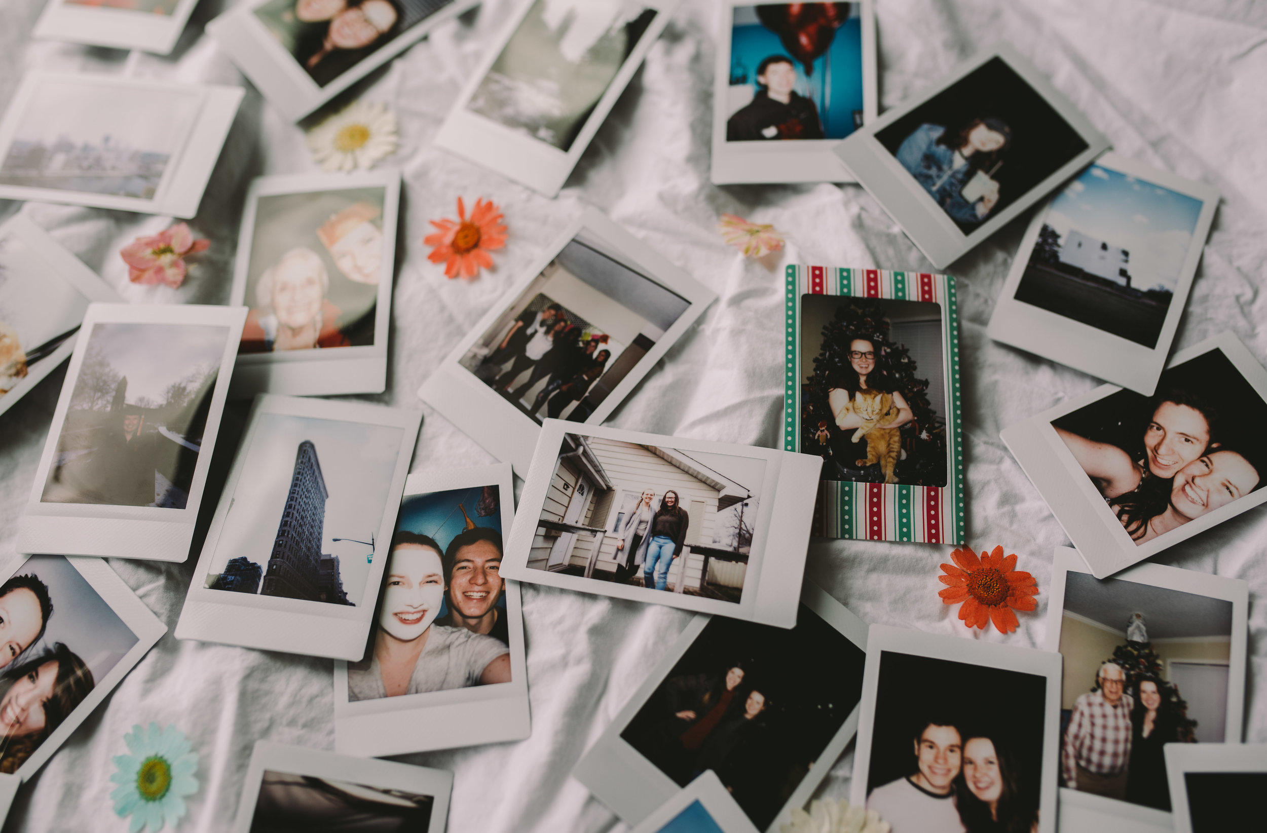 PolaroidMemories_May2018_TempeAZ_Portrait Photography In Tempe Arizona_ArizonaPortraitPhotographer_SamanthaRosePhotography_final_-3.jpg
