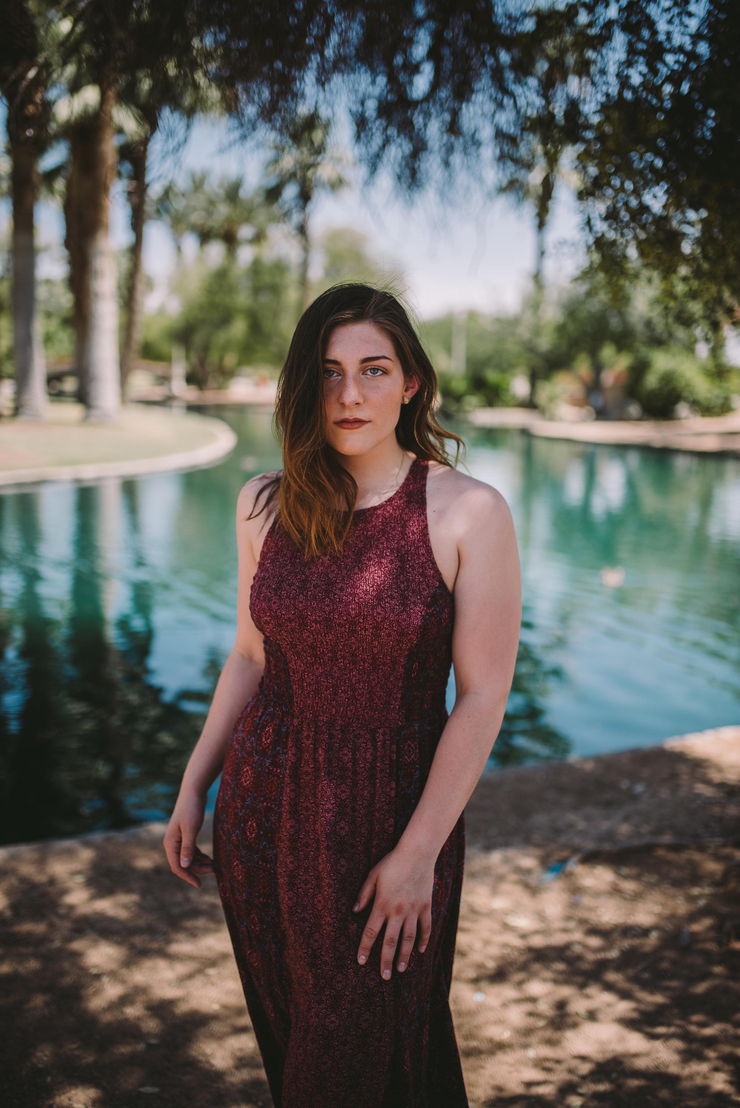 EmilyKidd_PhoenixArizona_June2018_Senior Photography In Phoenix Arizona_ArizonaSeniorPhotographer_SamanthaRosePhotography_BLOG_024.JPG