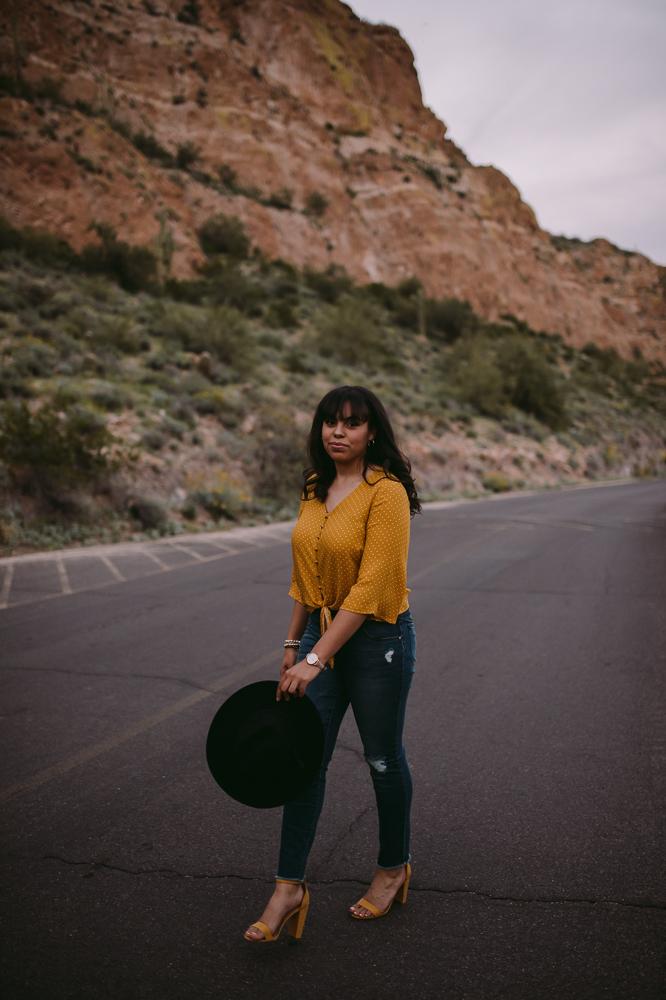webJulianaRodriguez_SaguaroLake_PhoenixSeniorPhotographer_SamanthaRosePhotography_-73.jpg