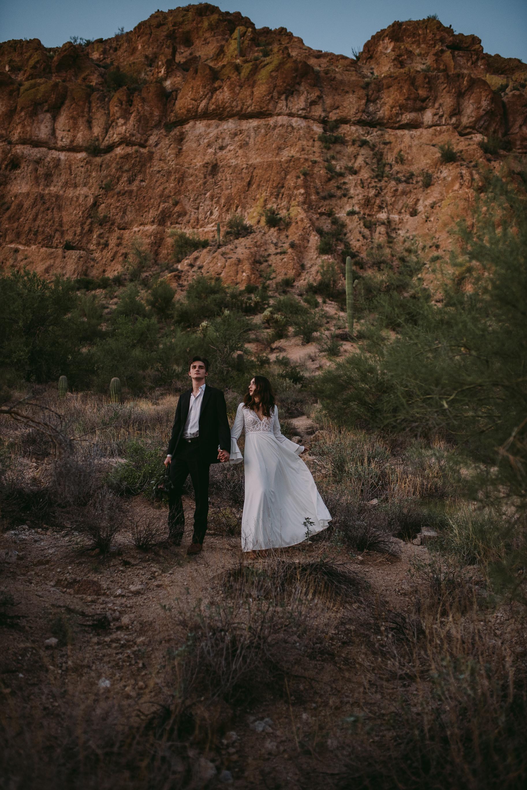 web_PhoenixCouplesSession_PhoenixEngagementPhotographer_SamanthaRosePhotography_-45.jpg
