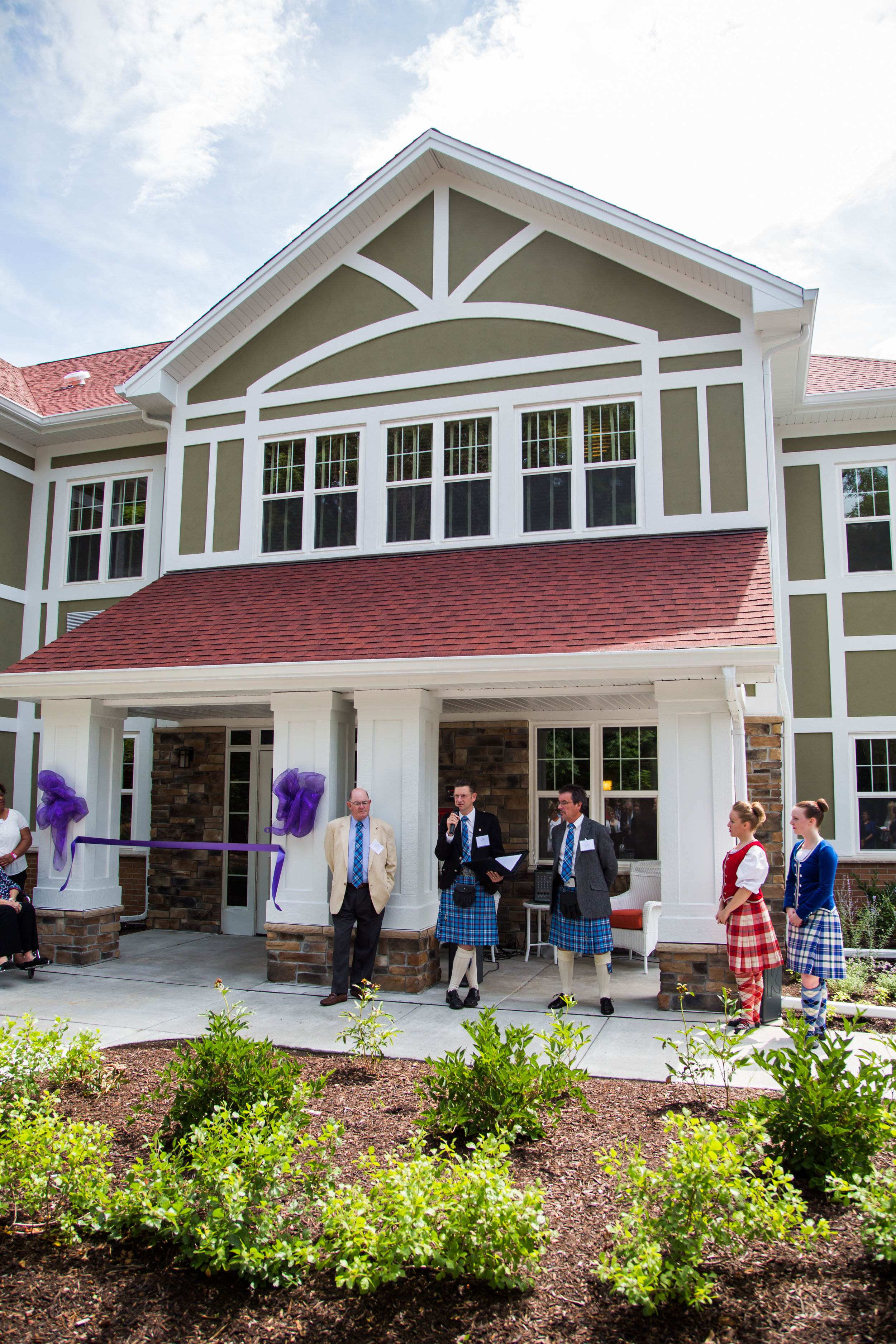 160713-The-Caledonian-House-Ribbon-Cutting-025.jpg