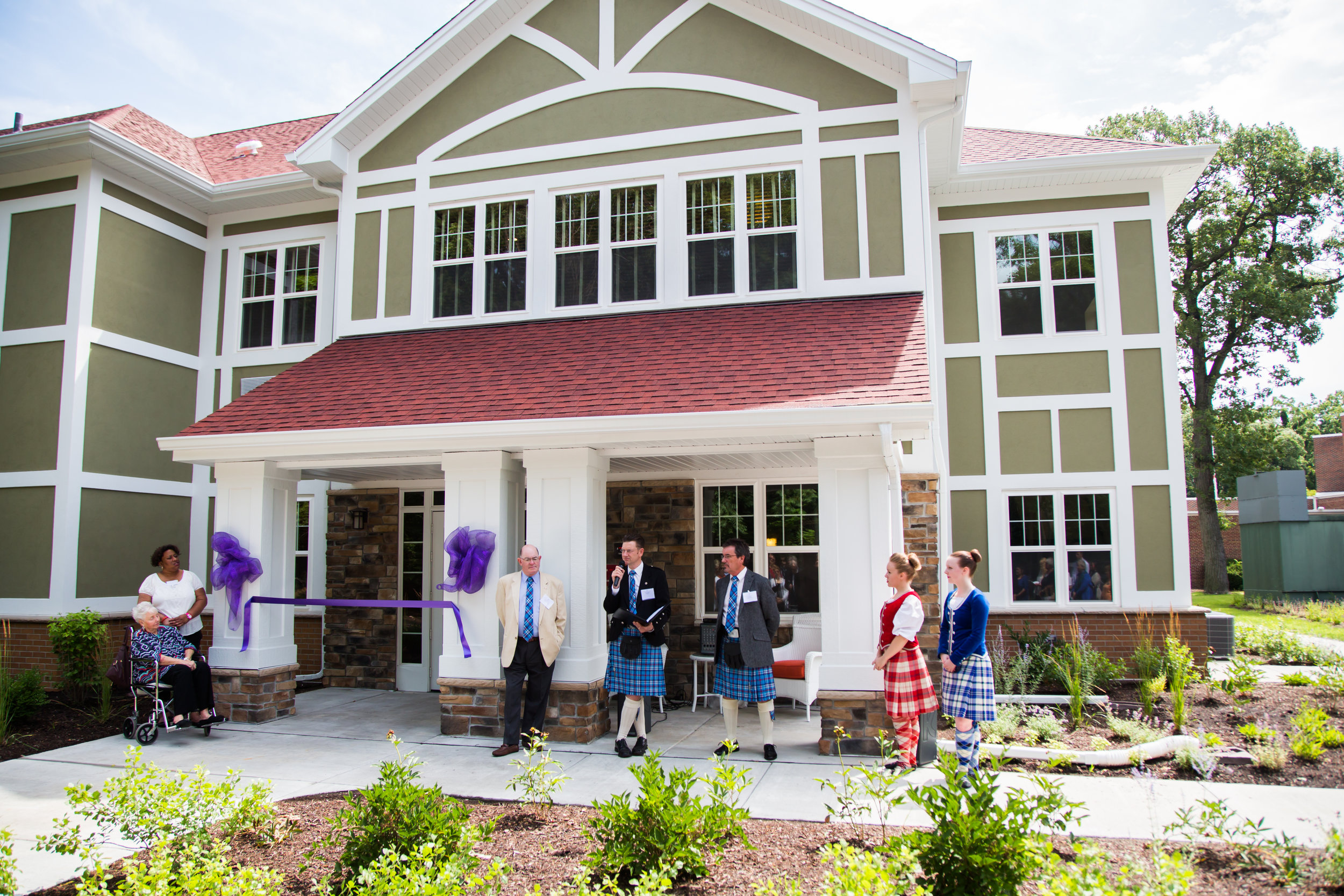 160713-The-Caledonian-House-Ribbon-Cutting-024.jpg