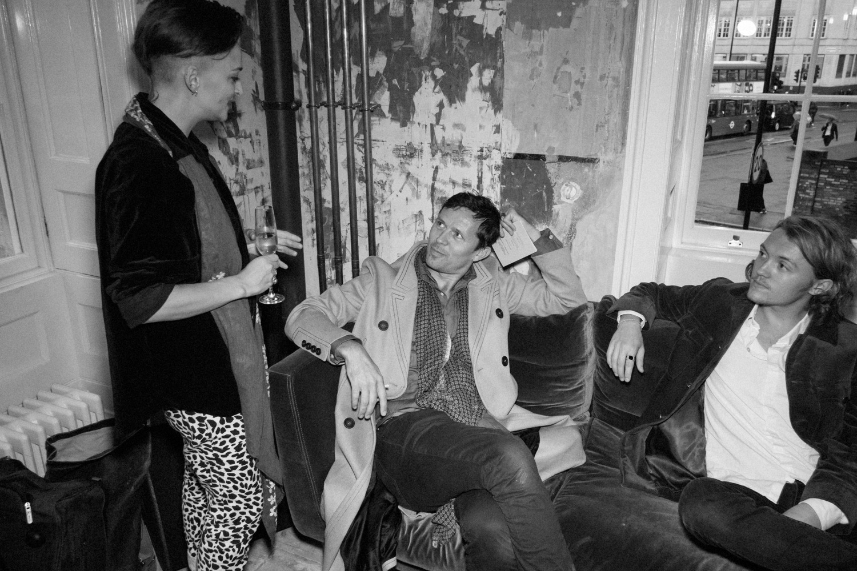 Lisa Luxx, Robert Montgomery, Oscar Dunbar