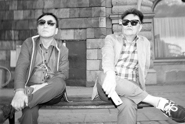 #streetphotography #streettogs #street #flashphotography #streetphoto #streethunters #streetleaks #upsp #leica #leicam6 #m6 #gatufoto #candid #burnmyeye #strobist #streetphotography_bw #streetsby @streetsby #ourstreets #buyfilmnotmegapixels #analog #analogphotography #filmphotography #stockholm #leicacamera #leicaphoto #28mm #leica_photos #voigtlander #agfaapx100