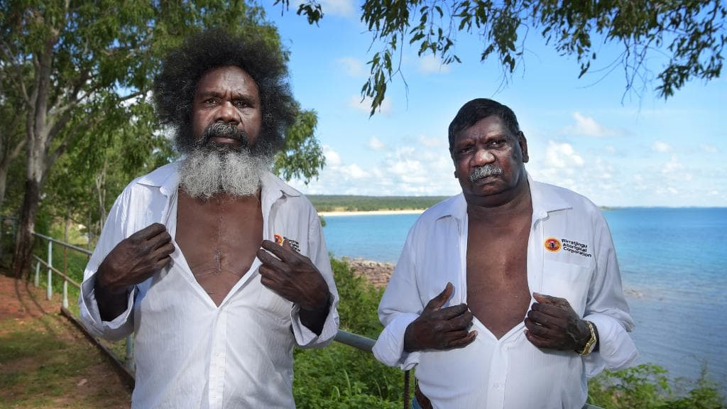 Rirratjingu elders Witiyana Marika and Bakamumu Marika are both lucky to be alive after suffering severe heart problems. Bakamumu died twice on the operating table after a massive cardiac arrest in Yirrkala two years ago