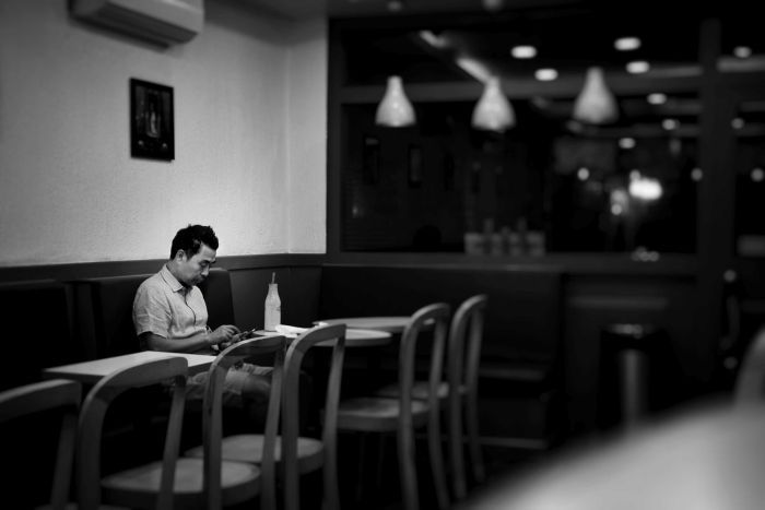 Photo: Would you befriend a lonely co-worker? (Chetan Hireholi: Public Domain)