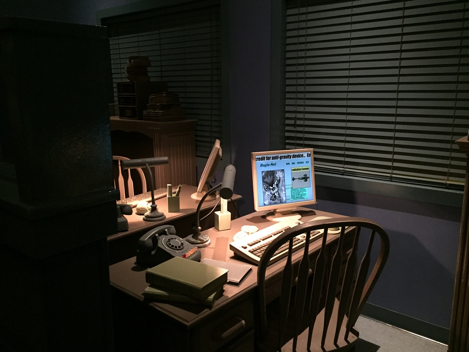 A workstation in the Daily Bugle.