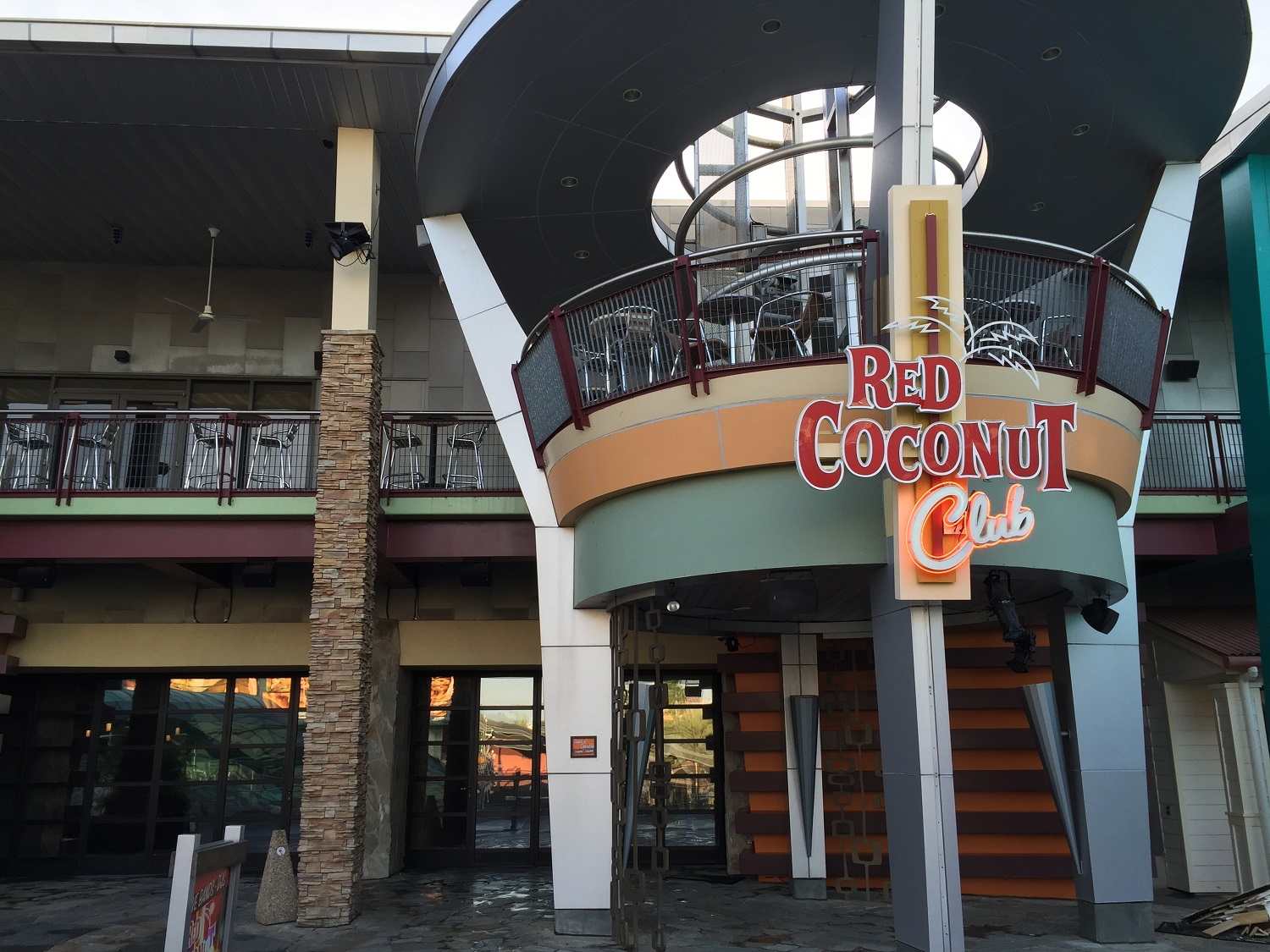 The Red Coconut Club has two levels.