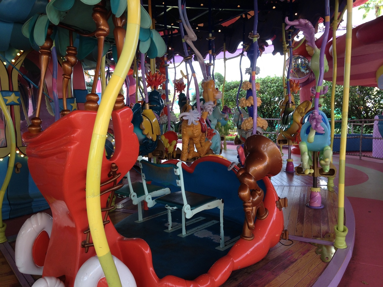 Stationary Seating on Caro-Seuss-El