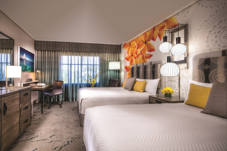 Loews Pacific Resort Standard Room With Two Queens