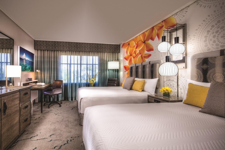 Loews Royal Pacific Resort standard room with two queens. Image credit: Loews Hotels.