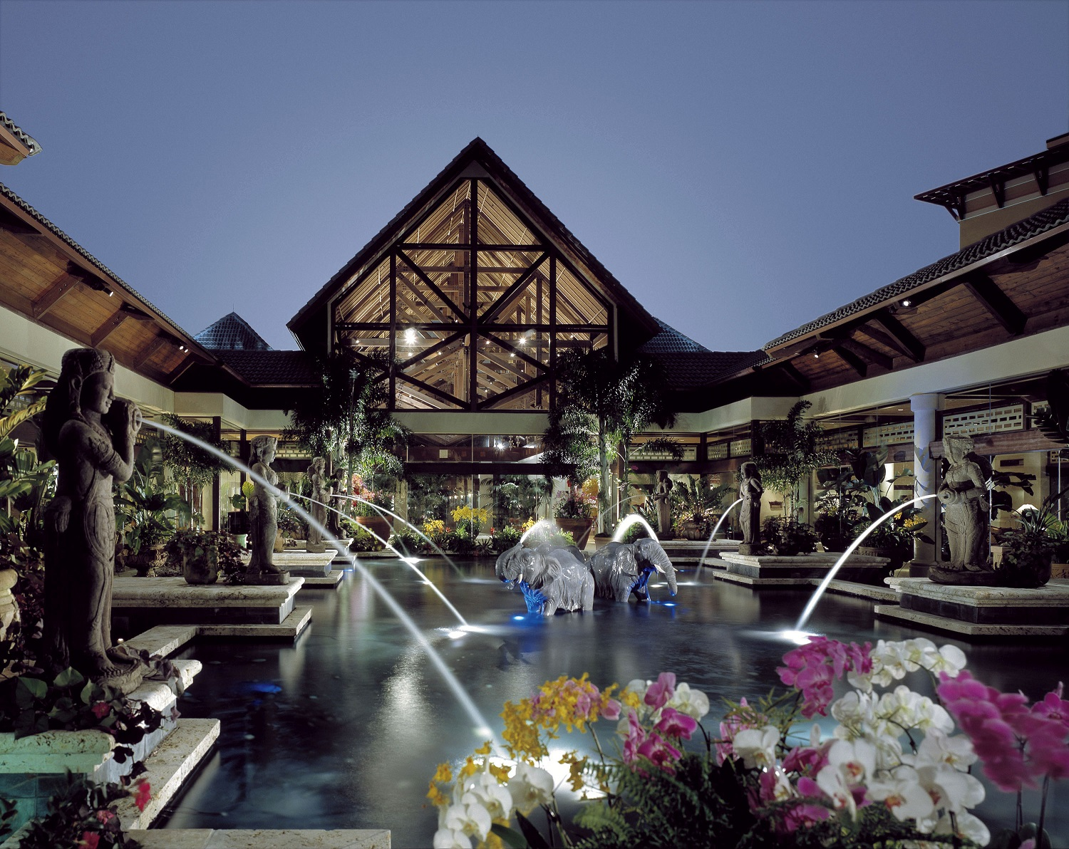 The Orchid Court at Loews Royal Pacific Resort. Image credit: Loews Hotels.