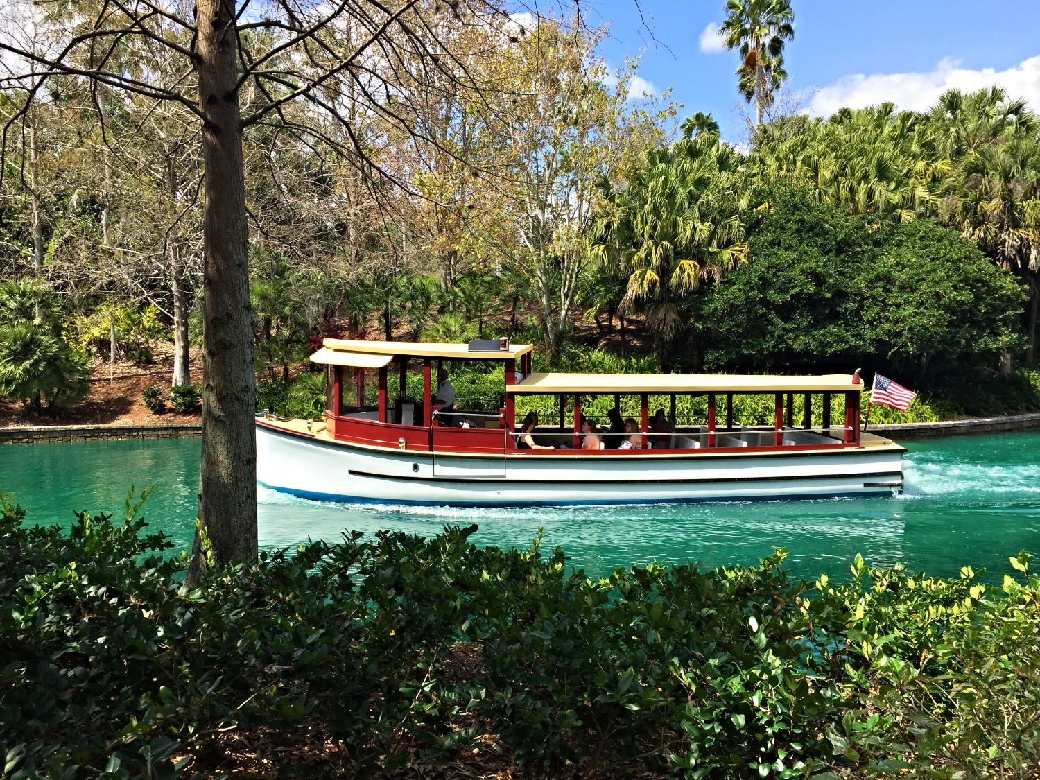 The complimentary water taxi that takes guests from the hotels to CityWalk and from CityWalk to the hotels.