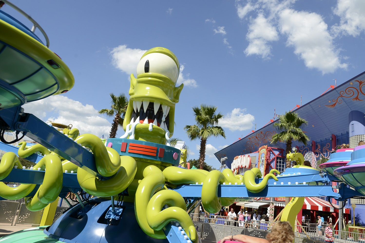 Read about Kang and Kodos' Twirl 'n' Hurl, a spinner ride located in Springfield U.S.A.