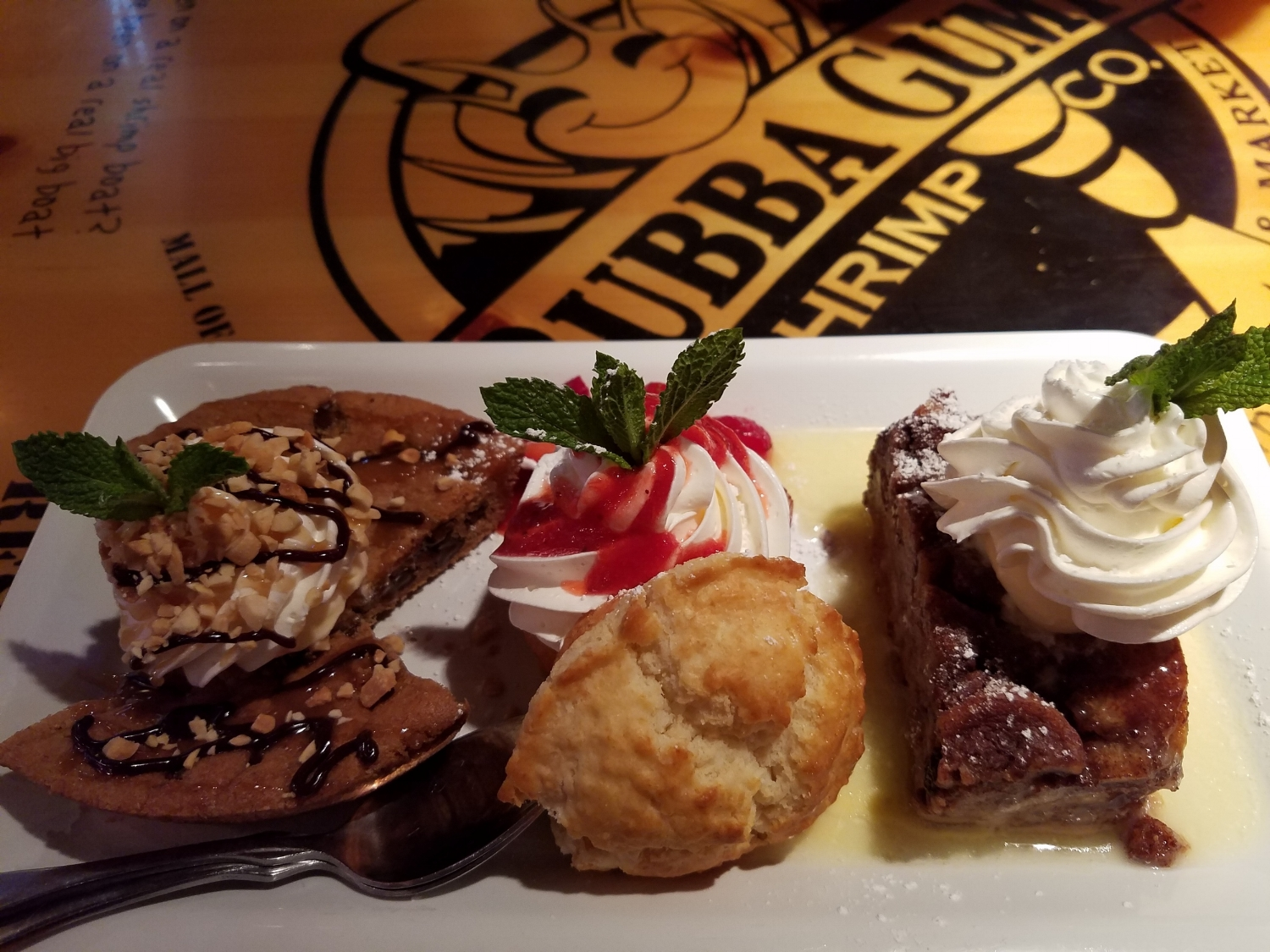 Hook, Line, and Sinker Dessert Sampler at Bubba Gump