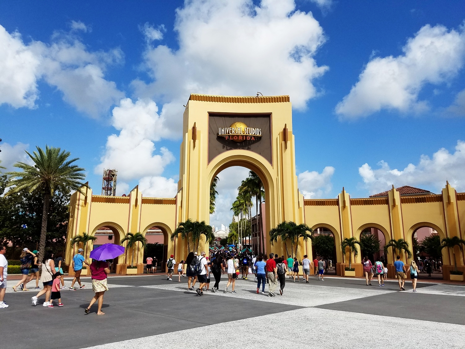 Learn about every ride, show, and restaurant in Universal Studios Florida.