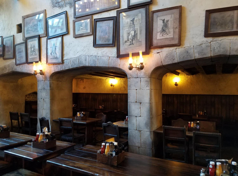 Leaky Cauldron dining hall.