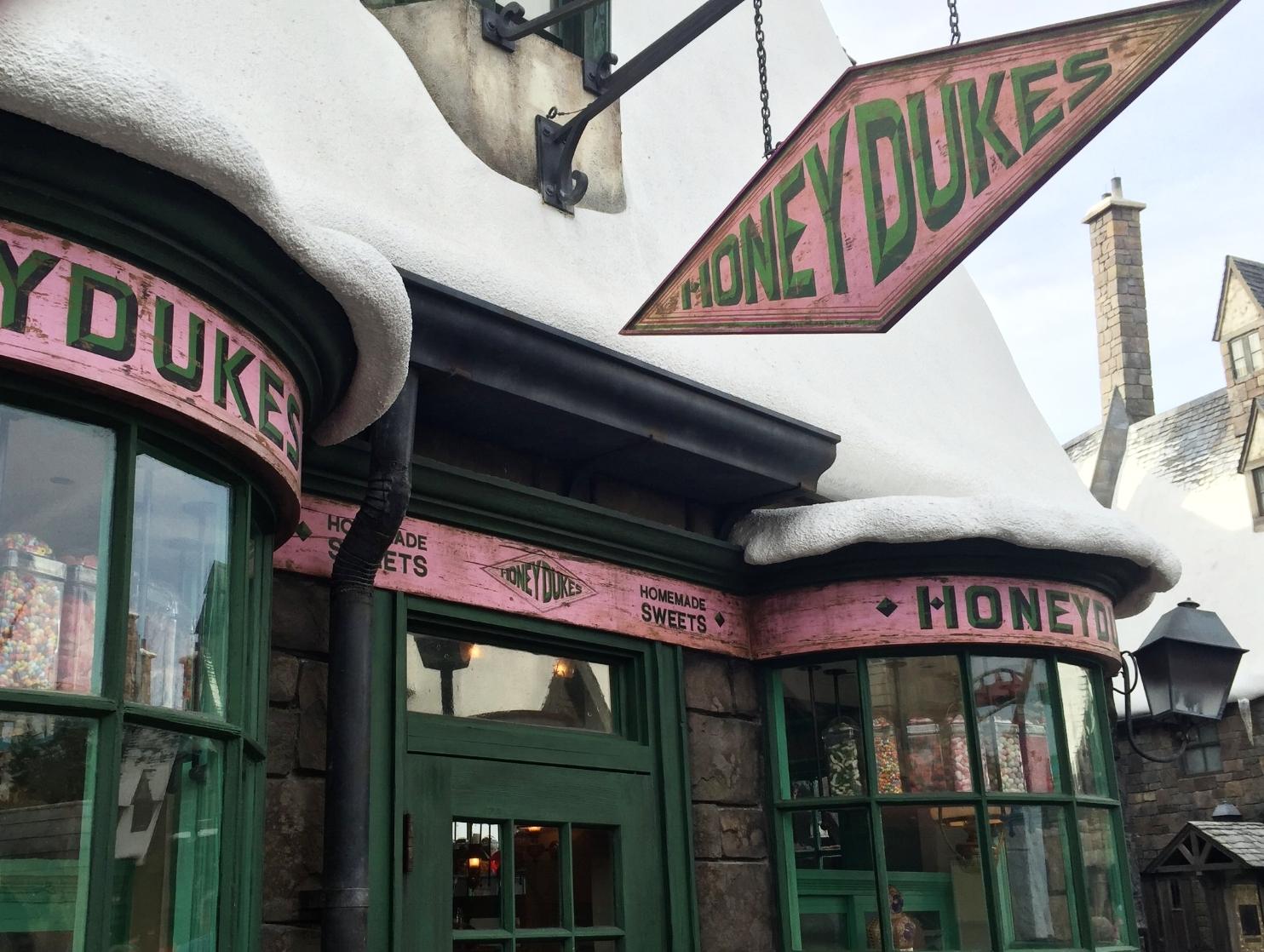 Honeydukes in the Wizarding World of Harry Potter - Hogsmeade