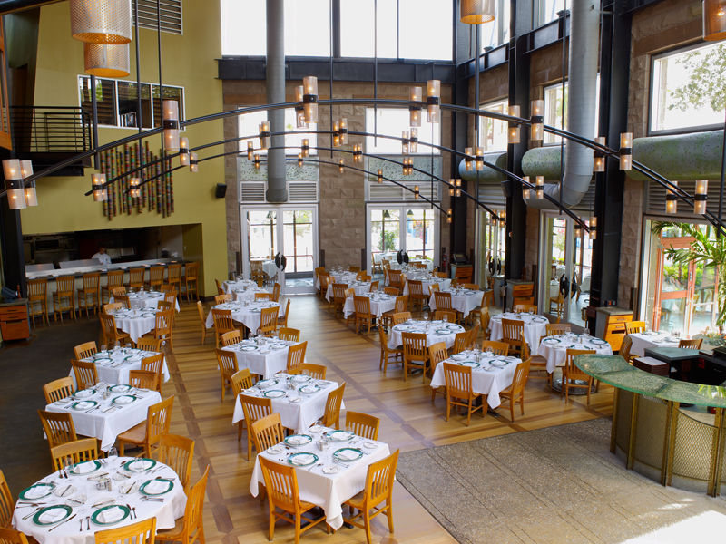 Another picture of the interior of Emeril's Orlando. Image credit: Emeril's Orlando.