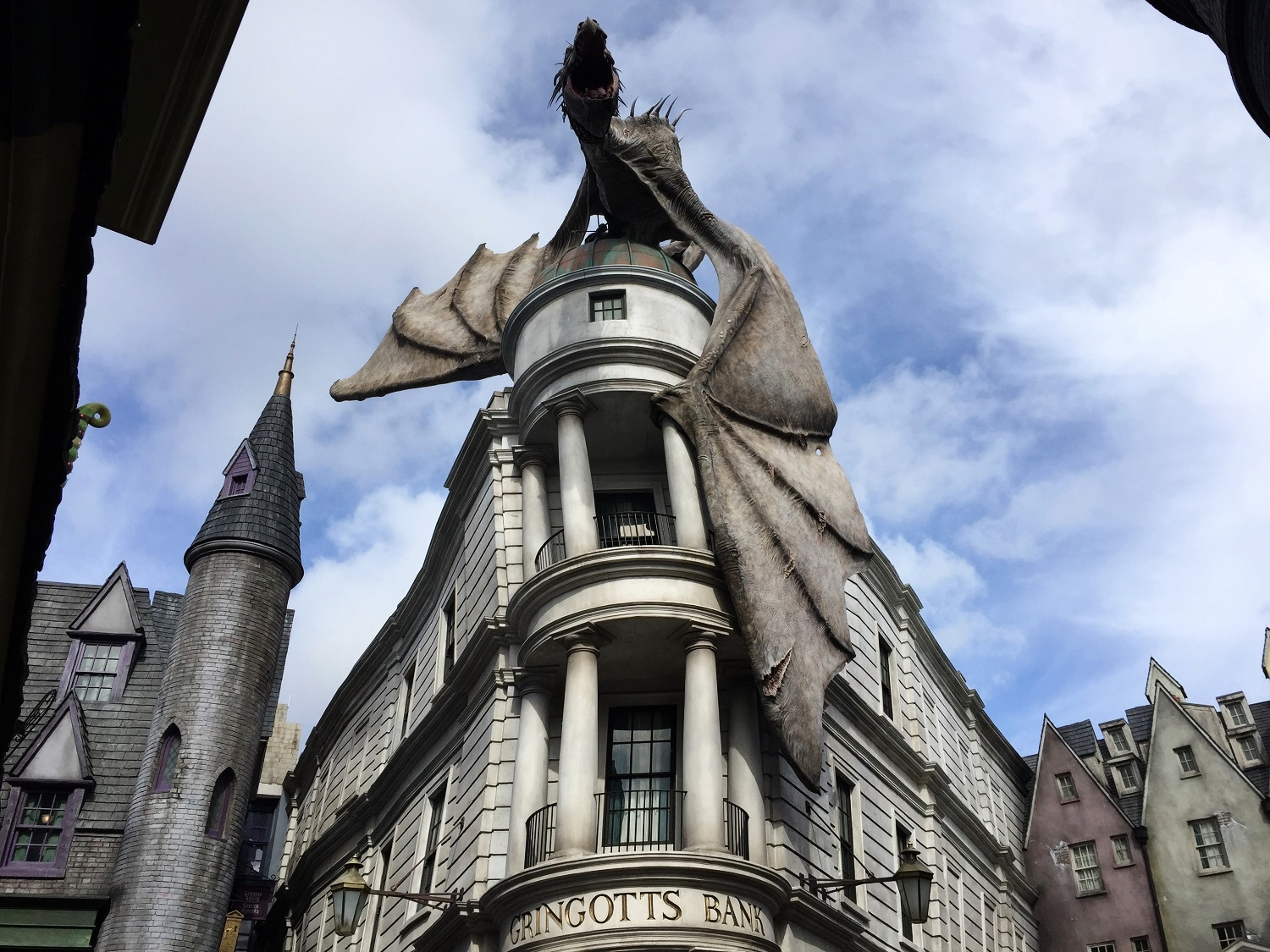Harry Potter and the Escape From Gringotts - Ride
