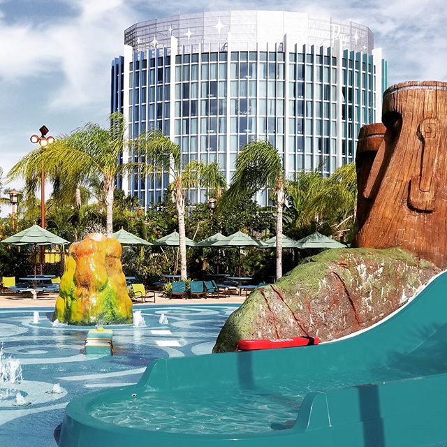 The Towers at Universal's Cabana Bay Beach Resort are a great place to stay of you want to be close to Volcano Bay. #UniversalOrlando #UniversalMoments #CabanaBayResort #VolcanoBay #Florida #Travel