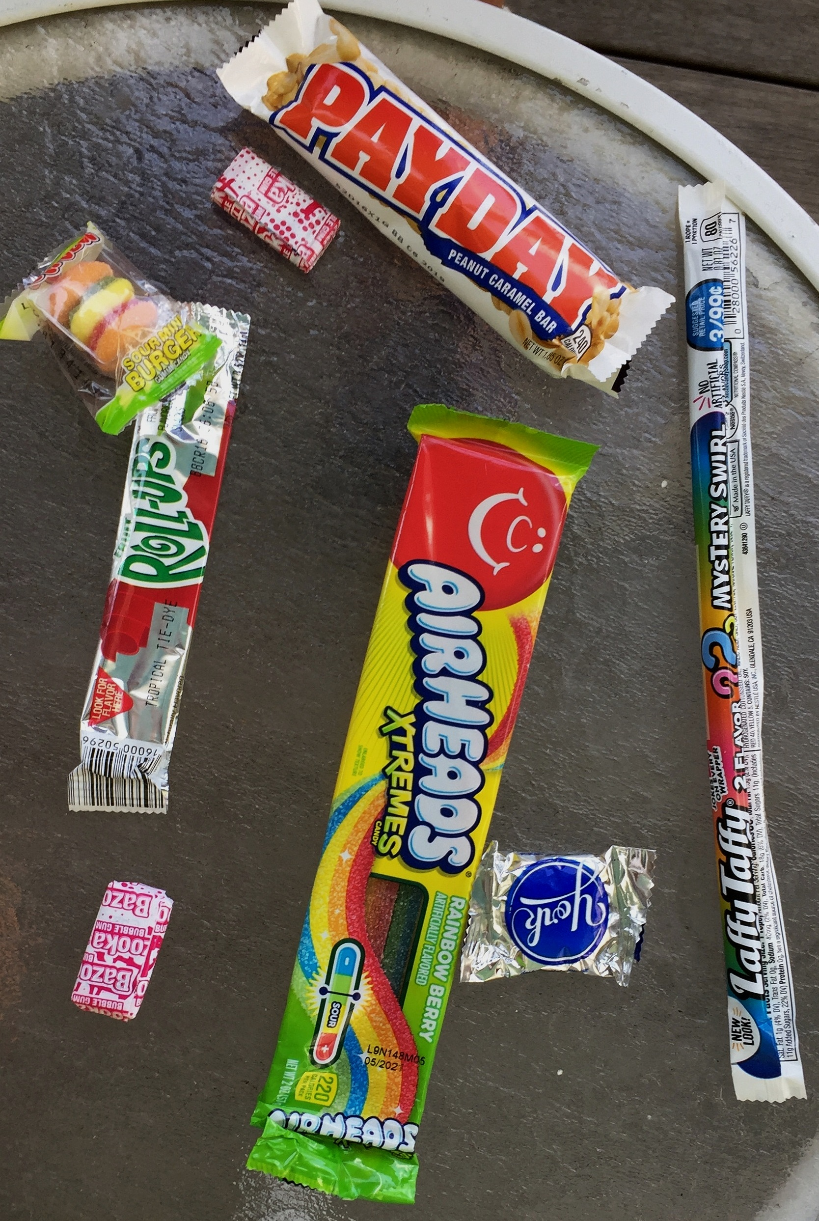eat_fewer_sweets_to_avoid_cavities