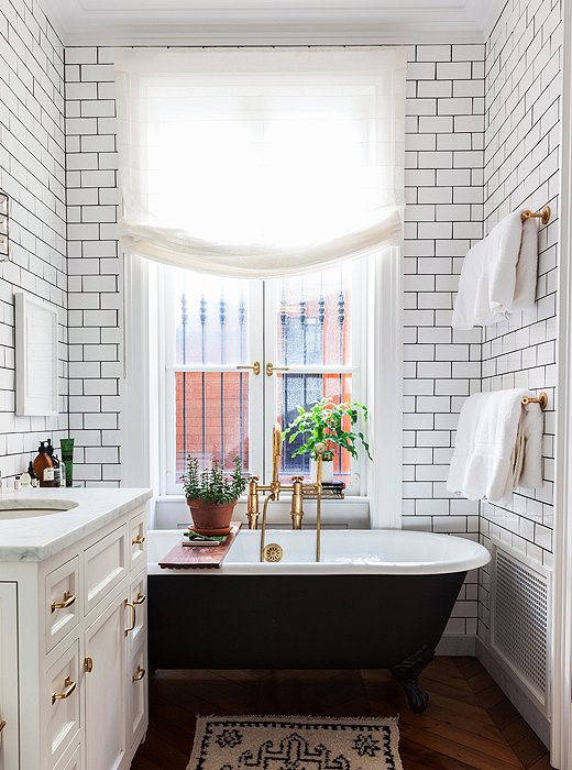 Source:  One King's Lane / Tour Alison Cayne's Stunning West Village Townhouse