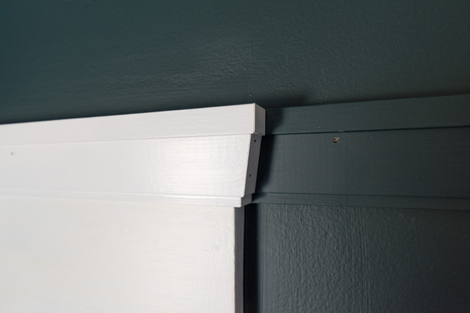 The Gold Hive How To Picture Rail Molding-0438.jpg