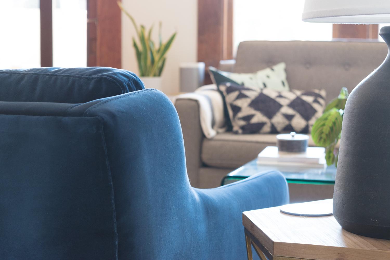 Blue velvet Matrix Article chair