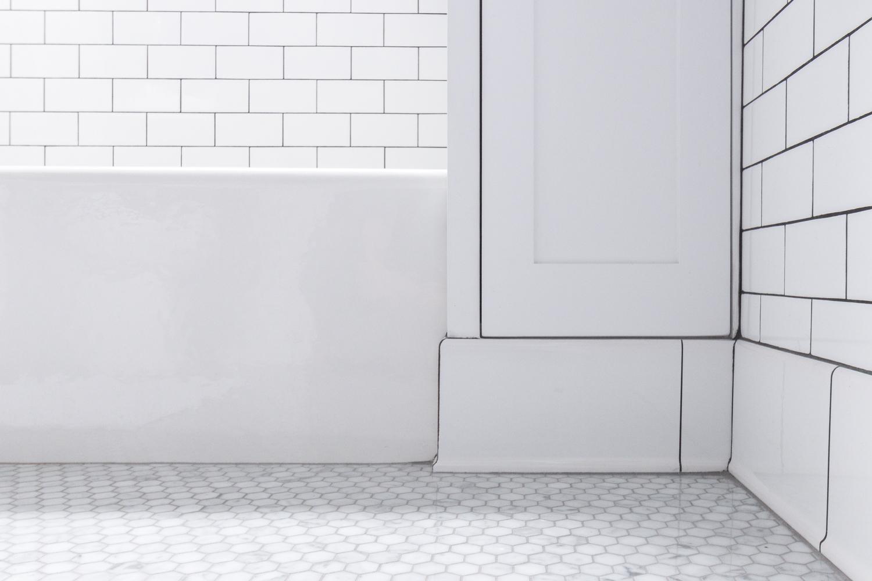 Clic Tile In The Bathroom