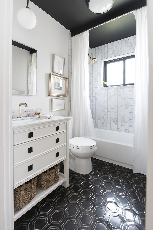 Bathroom-Reveal-Room-for-Tuesday.jpg