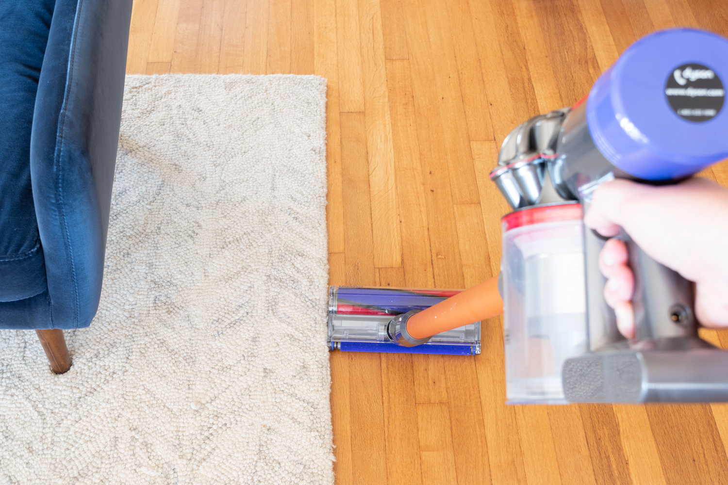 The Gold Hive Dyson V8 Review