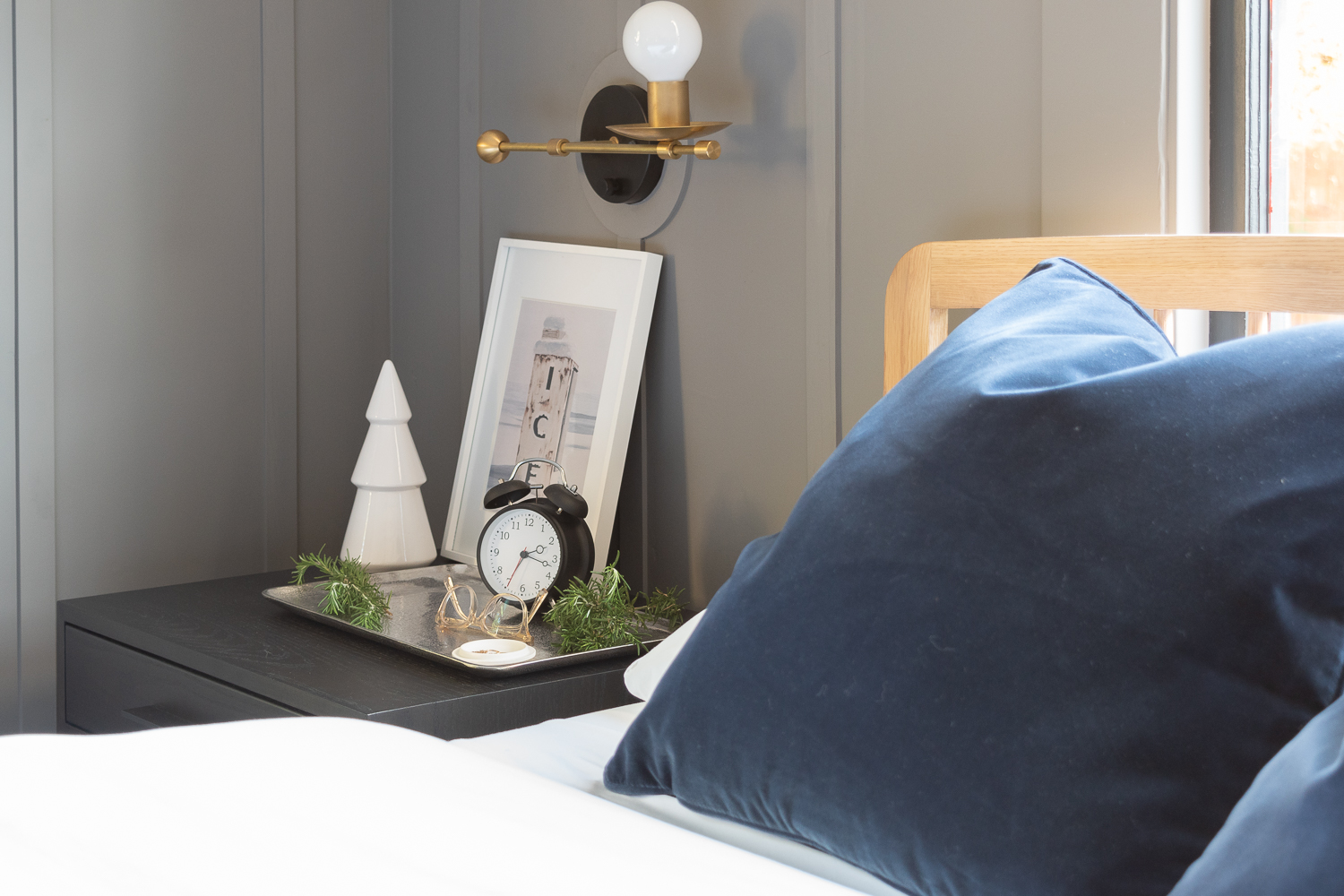 Bedside Holiday Decor for Christmas and Winter-0139.jpg