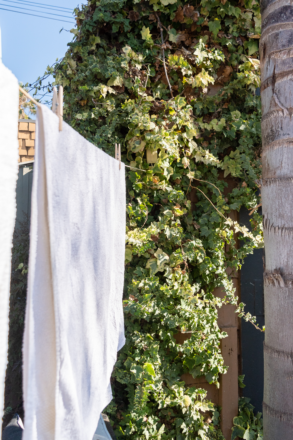Line Drying Clothes - How To and the easiest trick-0013.jpg