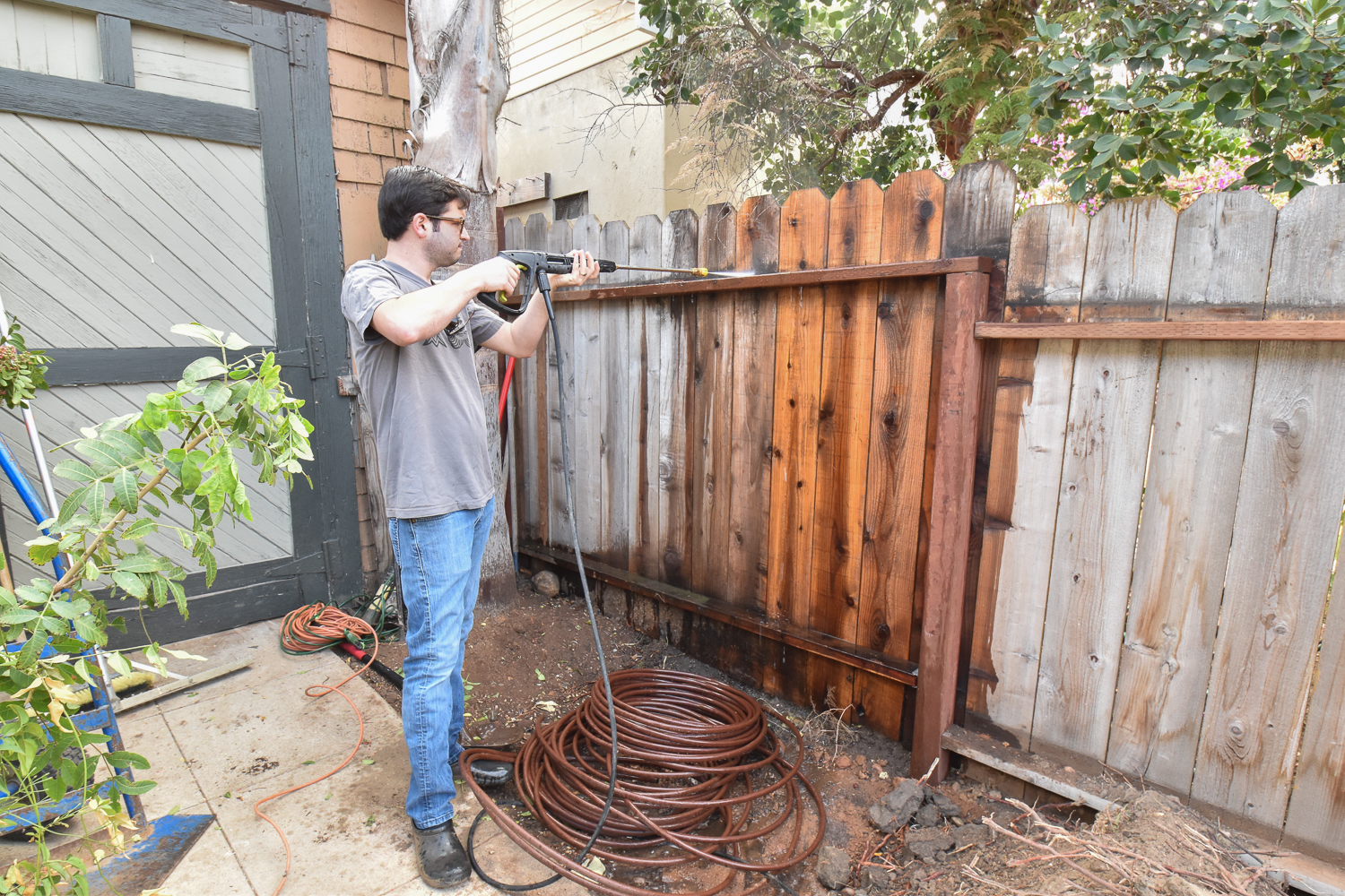 The Gold Hive How to Refresh a Fence - Powerwash-9997.jpg