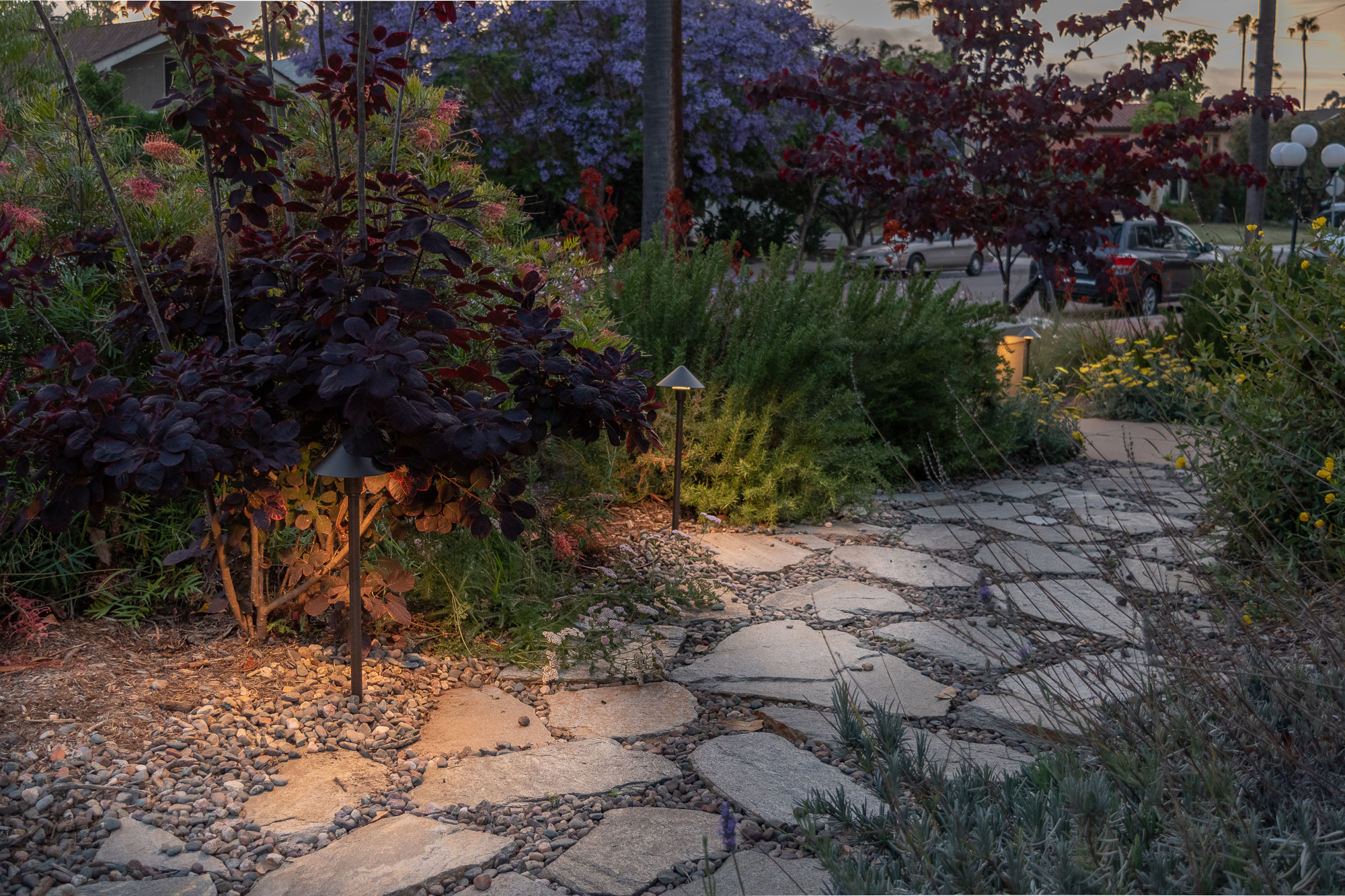 The Gold Hive Landscape Lighting Kichler How To California Garden Front Yard-0214.jpg