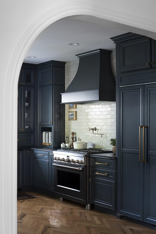 Dark-Moody-Kitchen-Reveal.jpg