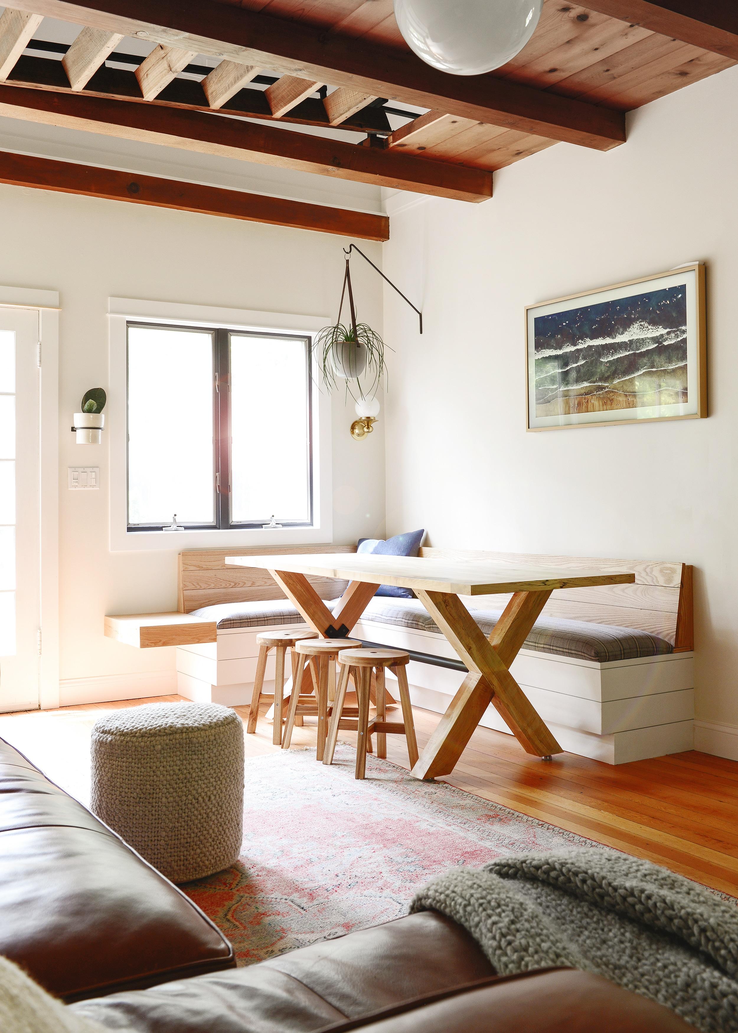 02-custom-dining-table-copy.jpg